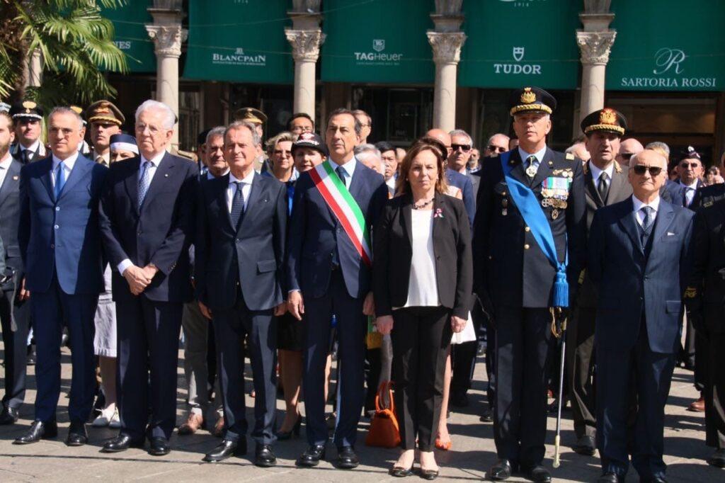 Gustavo Cioppa con Mario Monti, Beppe Sala, Luciana Lamorgese e Settimo Caputo